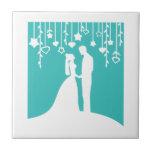 Aguamarina y siluetas blancas del boda de novia y  azulejos ceramicos