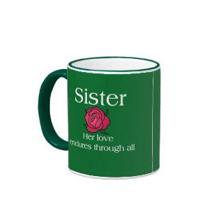 Aguantar a la hermana del amor taza de dos colores