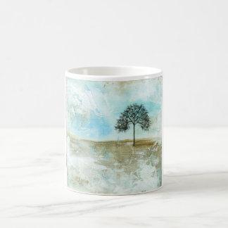 Aguantaré arte solitario del árbol del paisaje taza