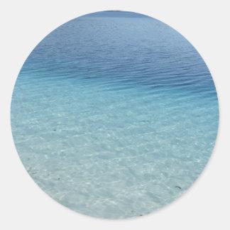 Aguas claras etiqueta redonda