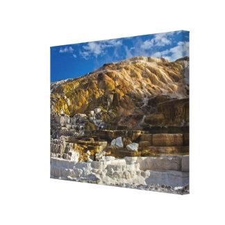 Aguas termales gigantescas impresión en lienzo estirada
