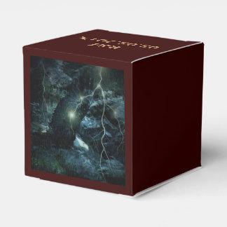 águila hermosa en tormenta caja para regalos