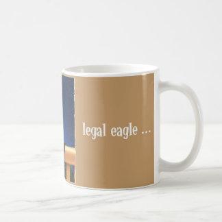 Águila legal… tazas
