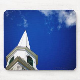 Aguja de la iglesia de Nueva Inglaterra con un Alfombrilla De Raton
