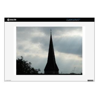 Aguja de la iglesia en Irlanda Skins Para 38,1cm Portátil