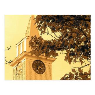 Aguja de la iglesia postales