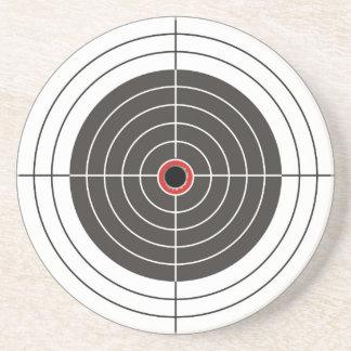 Agujero de bala en la blanco - tiroteo de la diana posavasos para bebidas