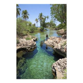 Agujero del cocodrilo, ciudad negra del río, Jamai Foto