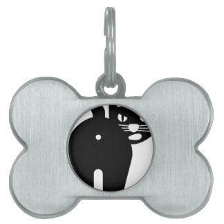 Agujero del extremo del gato negro placas de nombre de mascota