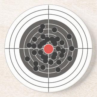 ¡Agujeros de bala en blanco - pero no la diana! Posavasos Cerveza