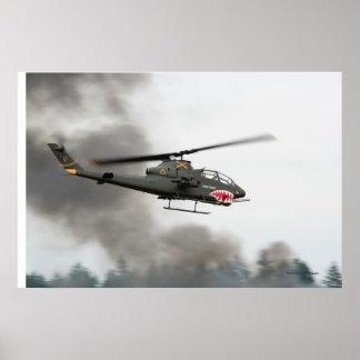 AH-1 cobra - helicóptero de ataque Póster