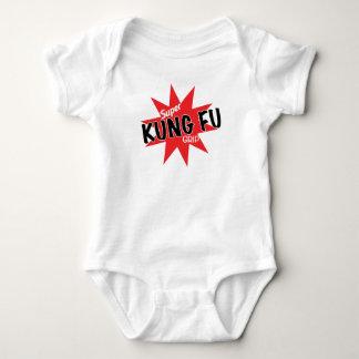 ¡Ahora con el apretón estupendo de Kung Fu! Body Para Bebé