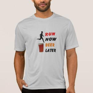 Ahora corra, camiseta del funcionamiento del playera