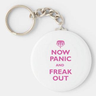 Ahora el pánico y Freak hacia fuera Llavero Personalizado