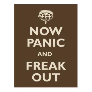 Ahora el pánico y Freak hacia fuera Tarjetas Postales