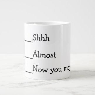 Ahora usted puede hablar el meme divertido taza grande