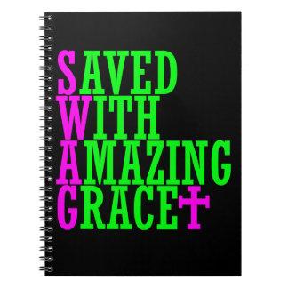 Ahorrado con el cuaderno asombroso del cristiano d