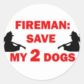 Ahorre a mi bombero de 2 perros pegatina