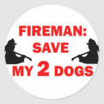 Ahorre a mi bombero de 2 perros pegatinas redondas