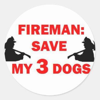 Ahorre a mi bombero de 3 perros pegatina redonda