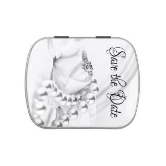 Ahorre el anillo de compromiso clásico del diamant latas de dulces