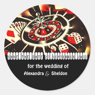 Ahorre el boda del tema del casino de la fecha pegatina redonda