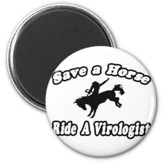 Ahorre el caballo virólogo del paseo imán para frigorífico