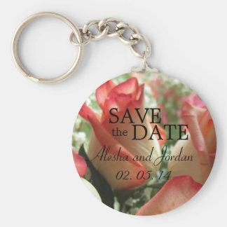 Ahorre el color de rosa rosado coralino del llavero redondo tipo pin