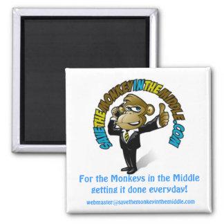 Ahorre el mono en el imán medio