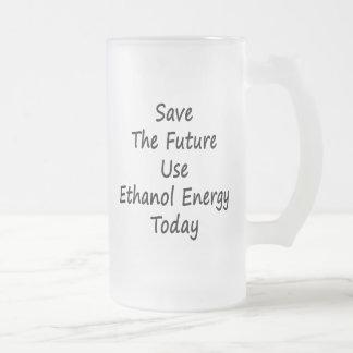 Ahorre la energía del etanol del uso futuro hoy taza de café