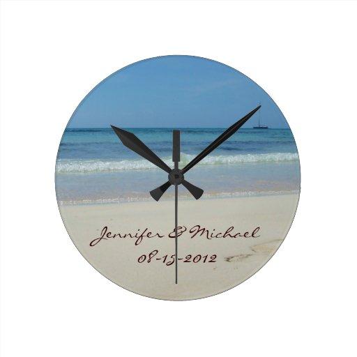 Ahorre la fecha - reloj de pared de la playa