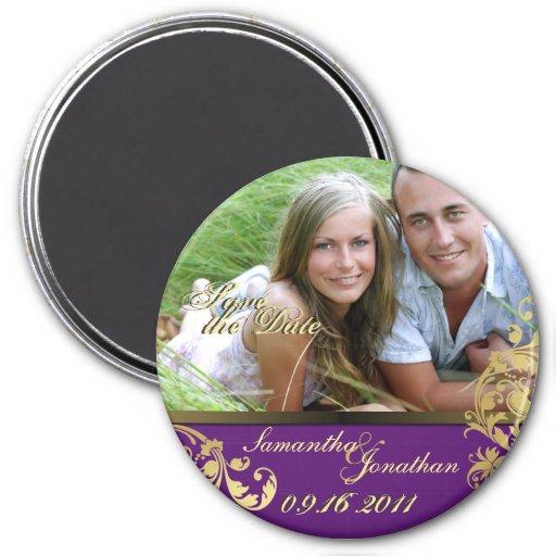 Ahorre la púrpura de la fecha y el imán floral del