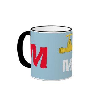 Ahorre la taza de la letra M del agua