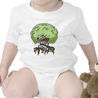 Ahorre los árboles trajes de bebé