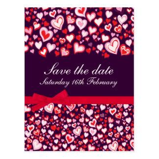 Ahorre los corazones de la fecha y la tarjeta rosa tarjetas postales