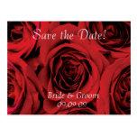 Ahorre los rosas rojos de la postal del boda de la