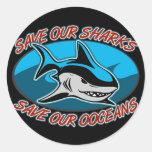 Ahorre nuestros tiburones etiqueta redonda