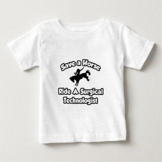 Ahorre un caballo, monte a un tecnólogo quirúrgico camisas