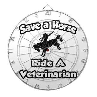 Ahorre un caballo. Monte a un veterinario Tablero Dardos