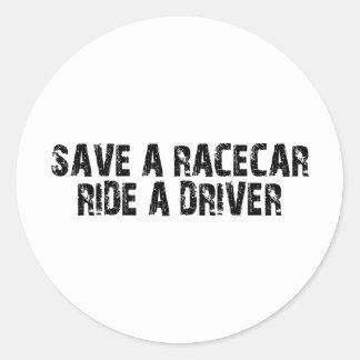 Ahorre un paseo de Racecar un conductor Etiqueta Redonda