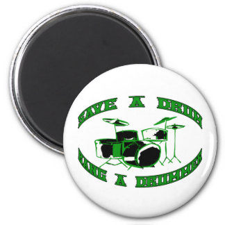 Ahorre un tambor - golpee a un batería en verde imán redondo 5 cm