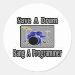 Ahorre una explosión del tambor… un programador etiquetas redondas