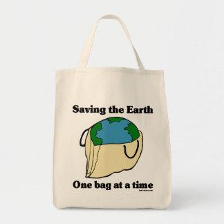 Ahorro de la bolsa de asas orgánica de la tierra