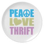 Ahorro del amor de la paz platos de comidas