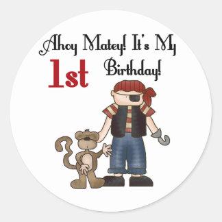 Ahoy primeras camisetas y regalos del cumpleaños d pegatina