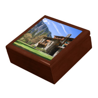 Ahwahnee Keepsake Box