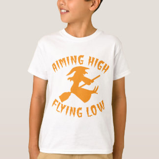 AimING High Flying low witch flying low HALLOWEEN T-Shirt