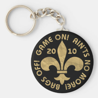 AINT'S, PAPER BAGS OFF GAME ON 2010 BASIC ROUND BUTTON KEYCHAIN