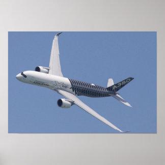 Airbus A350 en vuelo Póster