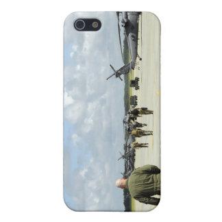 Aircrews prepare to depart iPhone SE/5/5s case